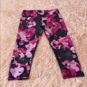 Fabletics floral prints leggings